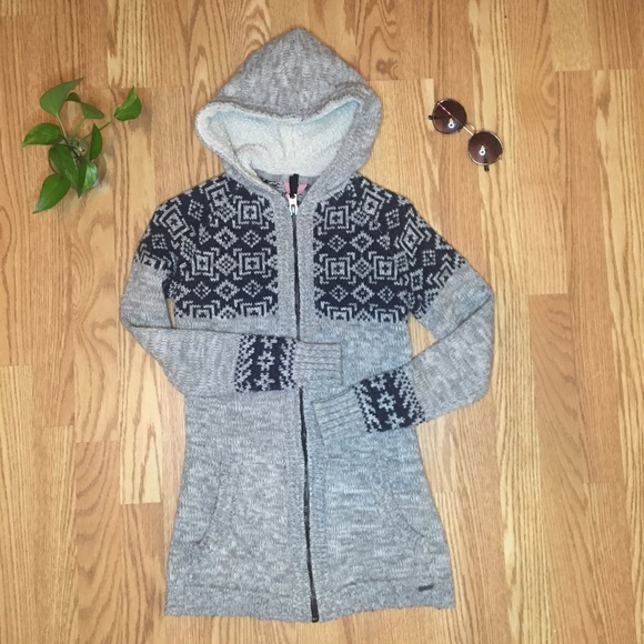 Long Hooded Sweater / Cardigan